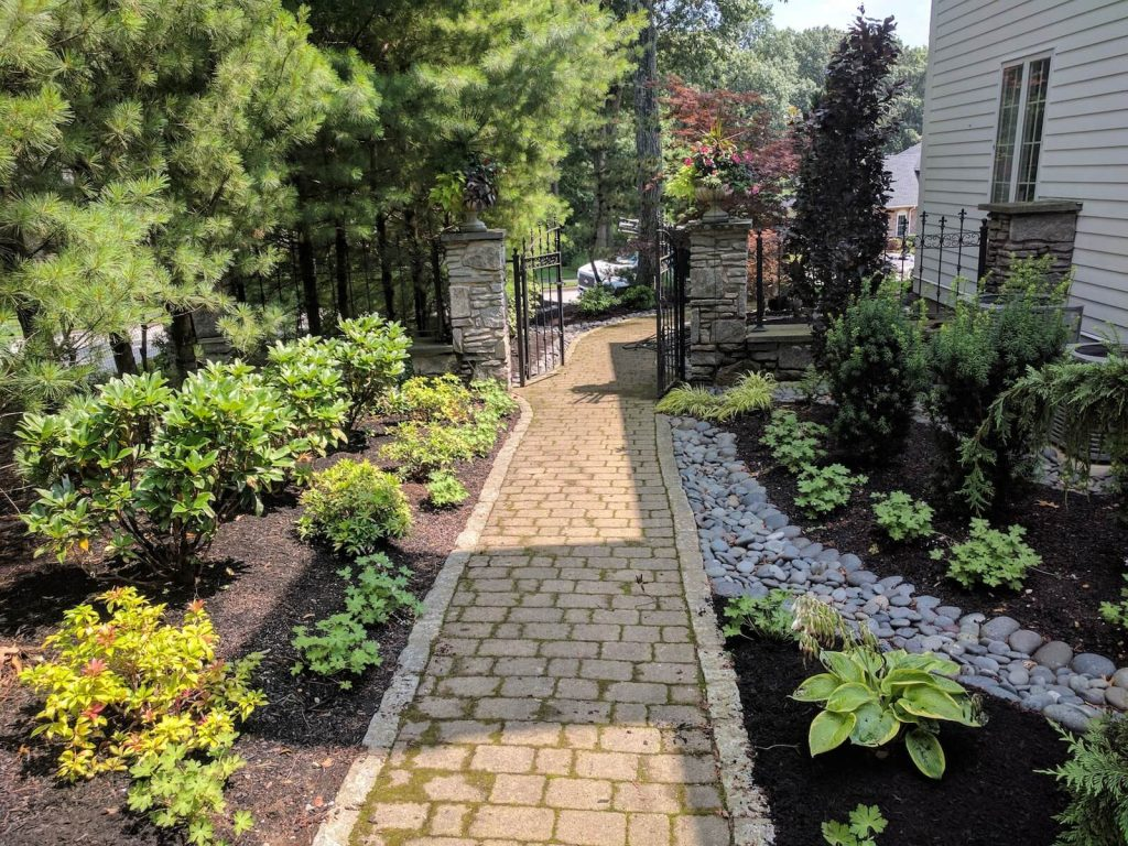 photo of a garden design project by Elliott Tree in MA